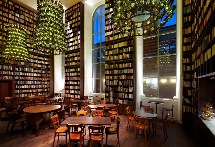 B2 Boutique Hotel + Spa_Wine Library